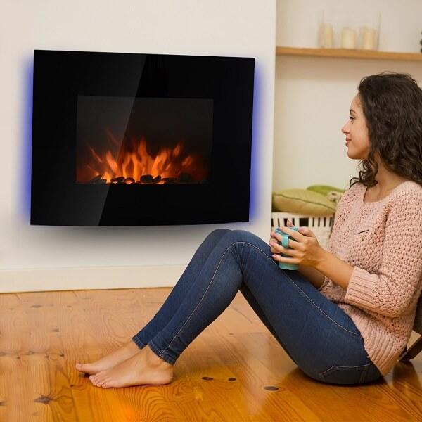 Cómoda y fácil de usar. La chimenea Homcom combinará con tu sala.