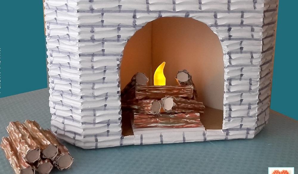Decoración falsa para chimenea de cartón